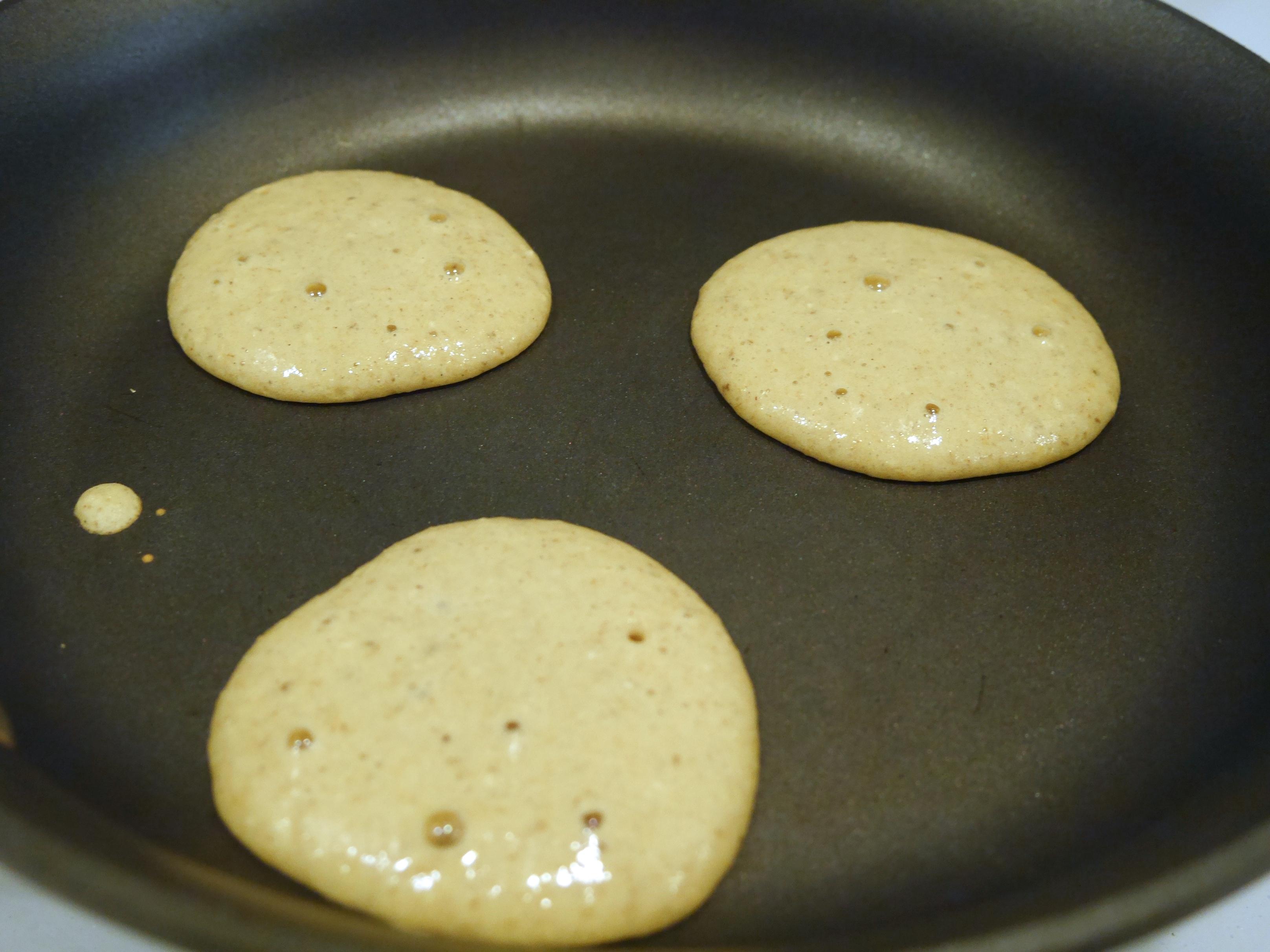 healthy oatmeal pancakes 1