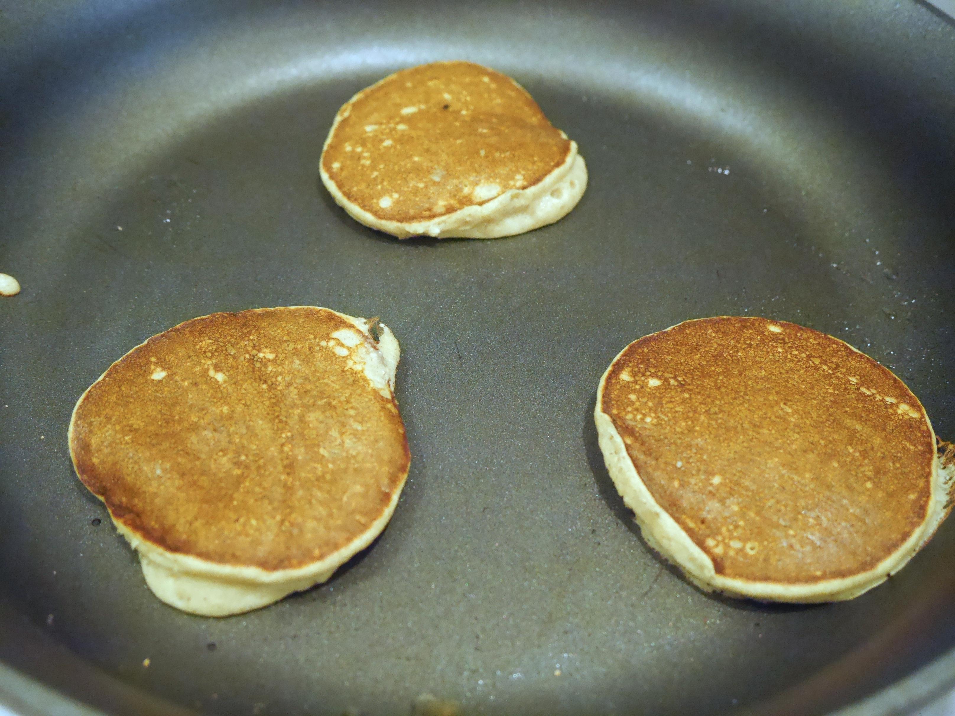 healthy oatmeal pancakes 2