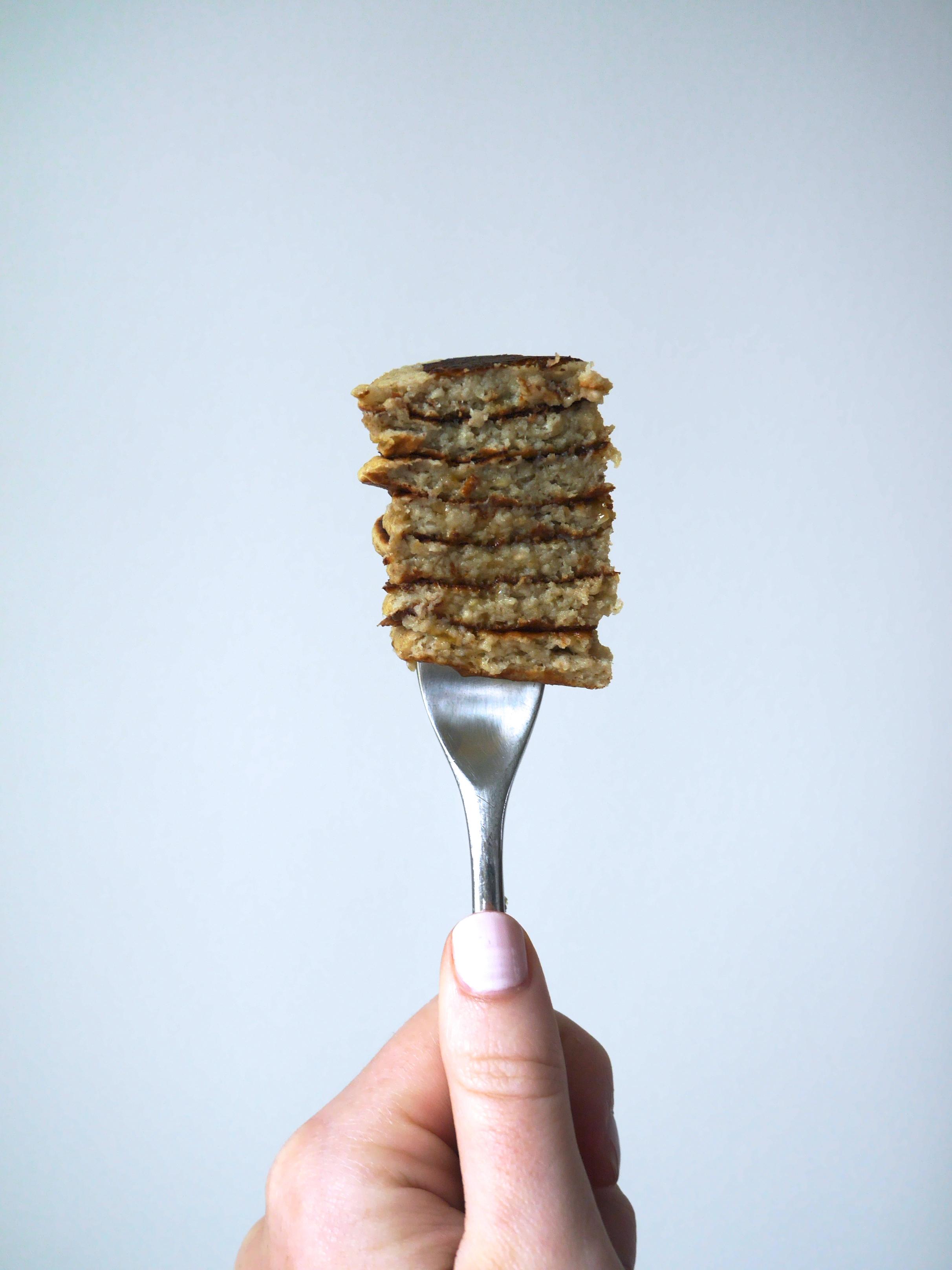 healthy oatmeal pancakes 4